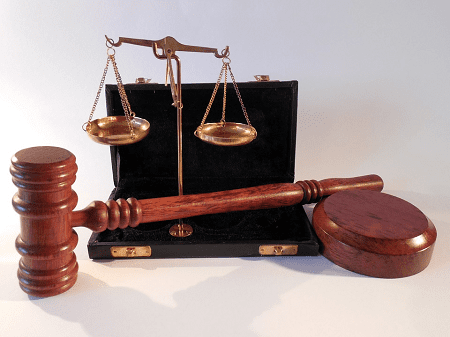 Immigration Lawyer Toronto for Fast and Confidential Services
